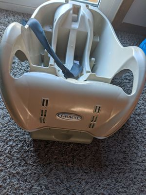 Graco SnugRide infant car seat base for Sale in Hilliard, OH
