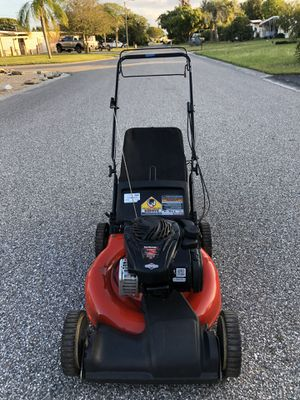 Like new self propelled mower! for Sale in Port Richey, FL