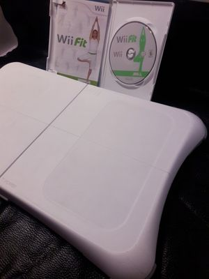 Wii Fit Balancing Board w/ Game for Sale in Las Vegas, NV