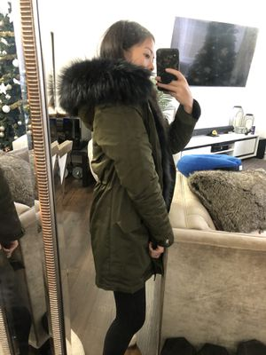 Army green fur winter jacket parka for Sale in Long Beach, CA