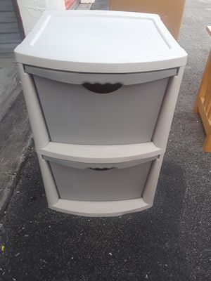 Plastic storage bin for Sale in Fort Lauderdale, FL