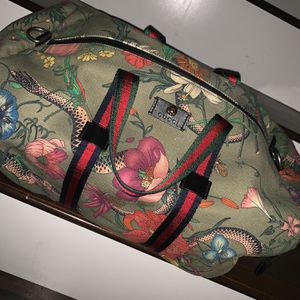 Gucci Overnight Luggage Bag for Sale in Winchester, CA