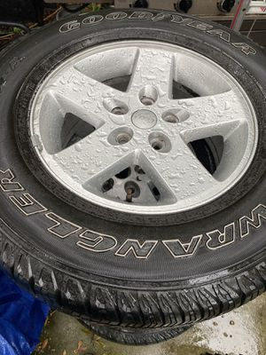 Jeep Wrangler rims and tires for Sale in Orlando, FL