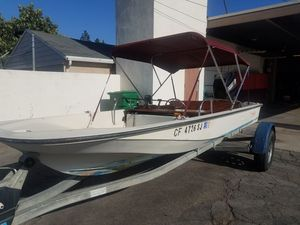 Boston whaler 15 foot for Sale in Corona, CA