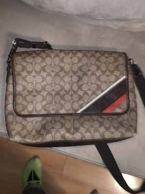 Men's coach messenger bag for Sale in Linden, NJ