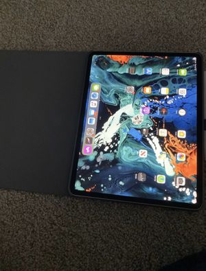iPad Pro 3rd gen 12.9 WiFi/4g unlocked for Sale in Germantown, MD