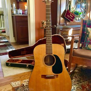1979 Vintage Martin D-18 Dreadnought Acoustic Guitar with Original Martin Case for Sale in North Riverside, IL