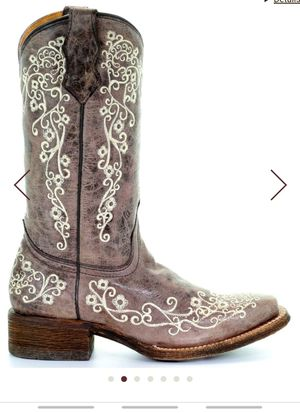 Corral girl boots size 4 worn only twice for Sale in Gardner, IL