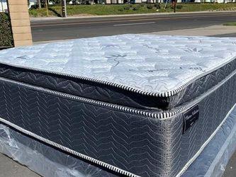 Queen Blue Gel Hybrid Organic Memory Foam Mattress for Sale in Carson,  CA