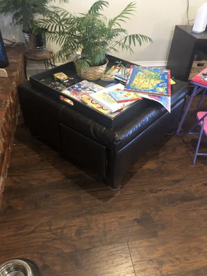 Leather Ottoman with drawers for Sale in Fort Worth, TX