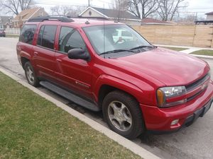 Chevy trail blazers 2004 for Sale in Chicago, IL