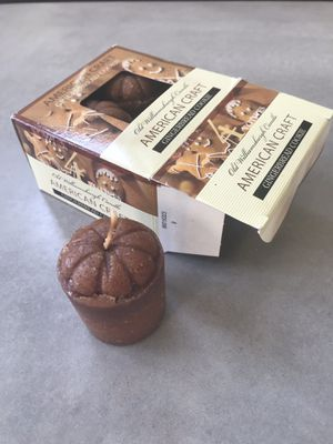 Set of 4 mini muffin shaped scented candles for Sale in Potomac Falls, VA