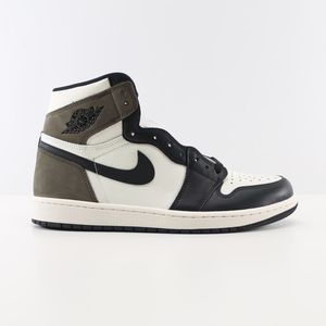 Nike Air Jordan 1 Retro Mocha Size 10.5 for Sale in Stockton, CA