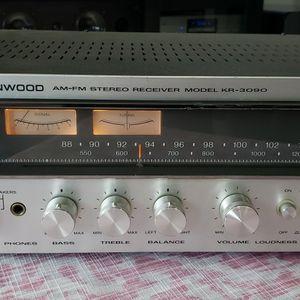 Kenwood KR-3090 Vintage Receiver for Sale in Oak Lawn, IL