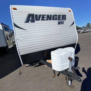 Avenger 26BB 30ft Camper for Sale in Tampa, FL
