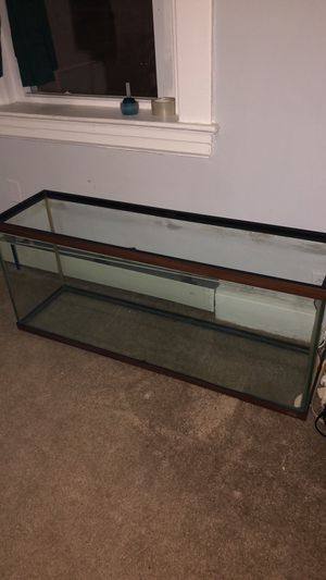 55 gallon aquarium fish tank for Sale in New Britain, CT