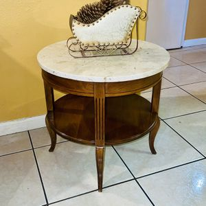 Side table . end table . Vintage Mid Century DMC Marble Top side Table Made in Italy 100% marble for Sale in Bloomington, CA