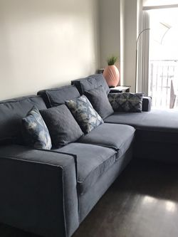 SOFA PULL OUT BED WITH STORAGE for Sale in New York,  NY