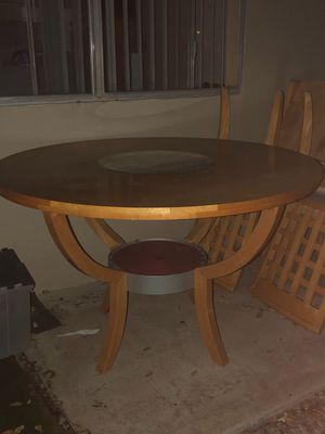 Solid wood dinning table for Sale in Poway, CA