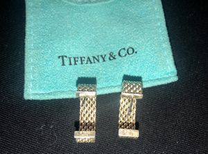 Authentic Tiffany and Co Somerset Earrings for Sale in Rancho Cucamonga, CA