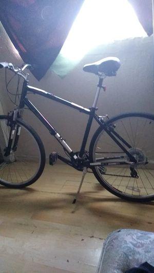 Diamondback hybrid cruiser bike for Sale in San Leandro, CA