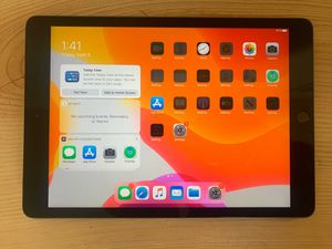 iPad 7th generation 32gb WiFi/Cellular Verizon with service for Sale in Oklahoma City, OK