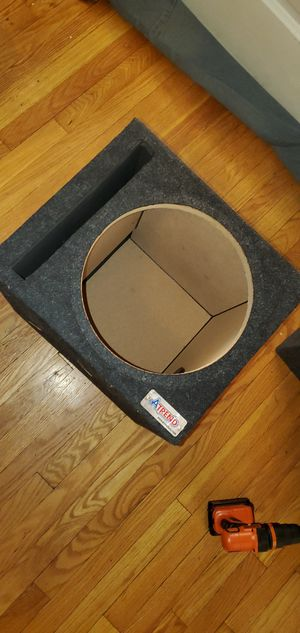 """Ported 12"""" Subwoofer Box Attrend for Sale in Detroit, MI"""