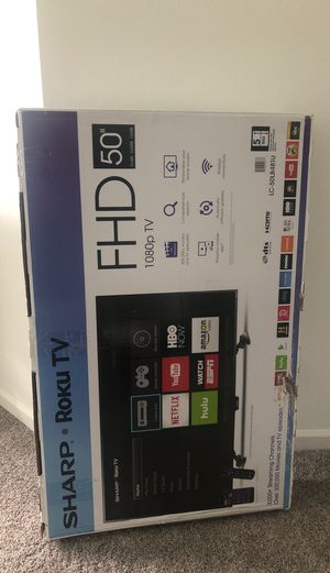 Smart tv sharp roku for Sale in Fairfax, VA