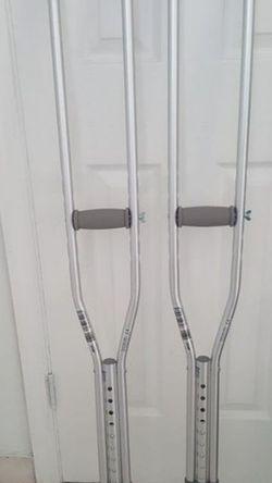 Crutches $10 for Sale in Tampa,  FL