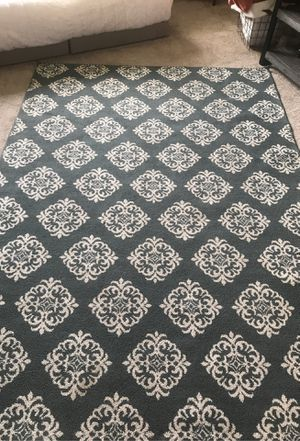 Floor Rug for Sale in Kennewick, WA