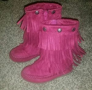 Toddler girl boots size 5 FALL WINE COLOR Fringe for Sale in Wrightsville, PA