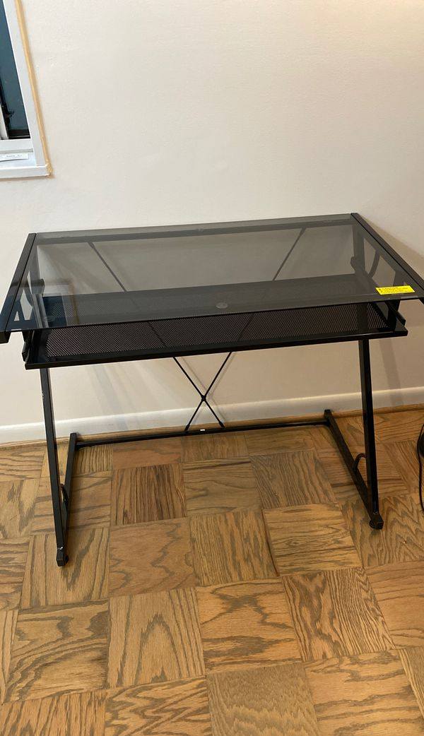 Like new computer desk with pull out key tray
