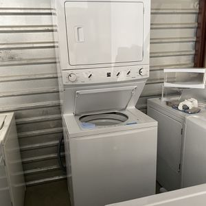 Like-new Kenmore High Efficiency Stackable for Sale in Las Vegas, NV