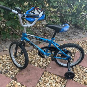 Small Boys Bike With Helmet for Sale in West Palm Beach, FL