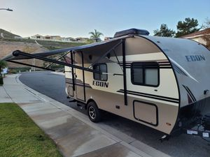 2018 Econ Travel Trailer 17' for Sale in Portola Hills, CA