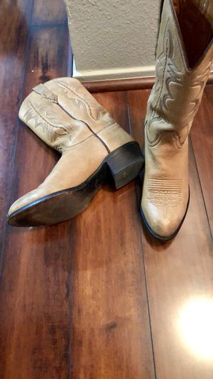 Butterscotch calfskin Luccheses for Sale in Austin, TX