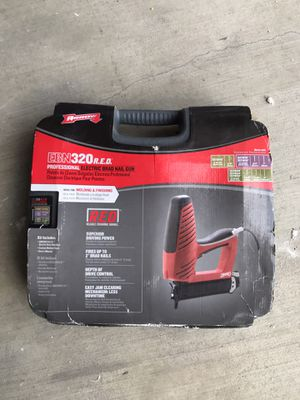 ARROW EBN320 ELECTRIC BRAD NAIL GUN for Sale in Los Angeles, CA