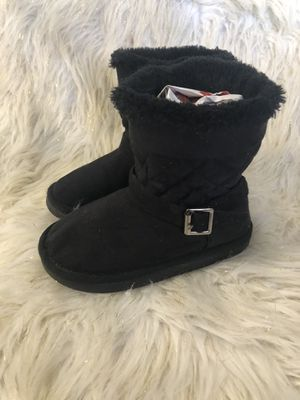 Size 10 girls boots for Sale in El Paso, TX
