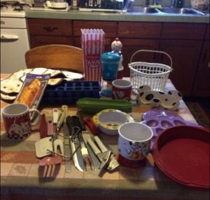 Large lot of various kitchen items - see details for Sale in Milnesville, PA