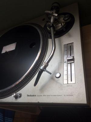 Technics 1200 M3D turntable for Sale in Gardena, CA