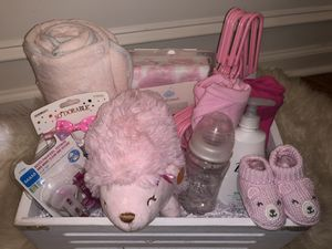 It's a girl gift basket for Sale in Buford, GA