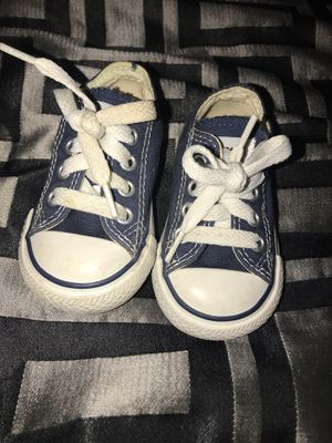Size 3 baby infant chuck Taylor all stars shoes for Sale in Sacramento, CA
