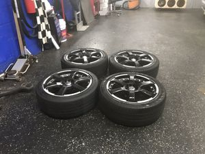 18 wheels for Sale in Chillum, MD