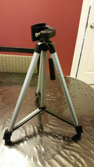 Trikon Camera Tripod for Sale in Mountlake Terrace, WA
