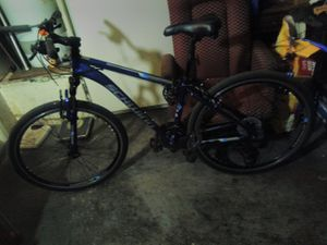 SCHWINN bike 21 SPEEDS like new for Sale in Las Vegas, NV