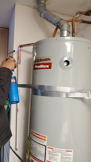 Water heaters with professional and experienced installation for Sale in Ontario, CA