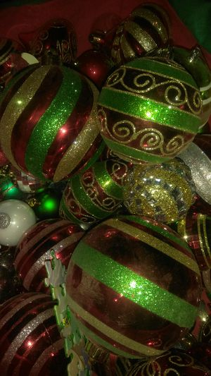 Used - Christmas tree decorations - Decorasiones Navidad for Sale in Los Angeles, CA