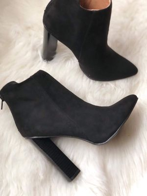 Black boots new ! for Sale in Puyallup, WA