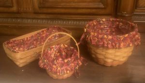 LONGABERGER HAND WOVEN BASKETS (3) WITH FALL LINERS.. HAND SIGNED YEAR 1995 for Sale in Carrollton, TX