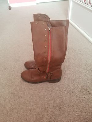 Girls boots sz 3 for Sale in El Paso, TX